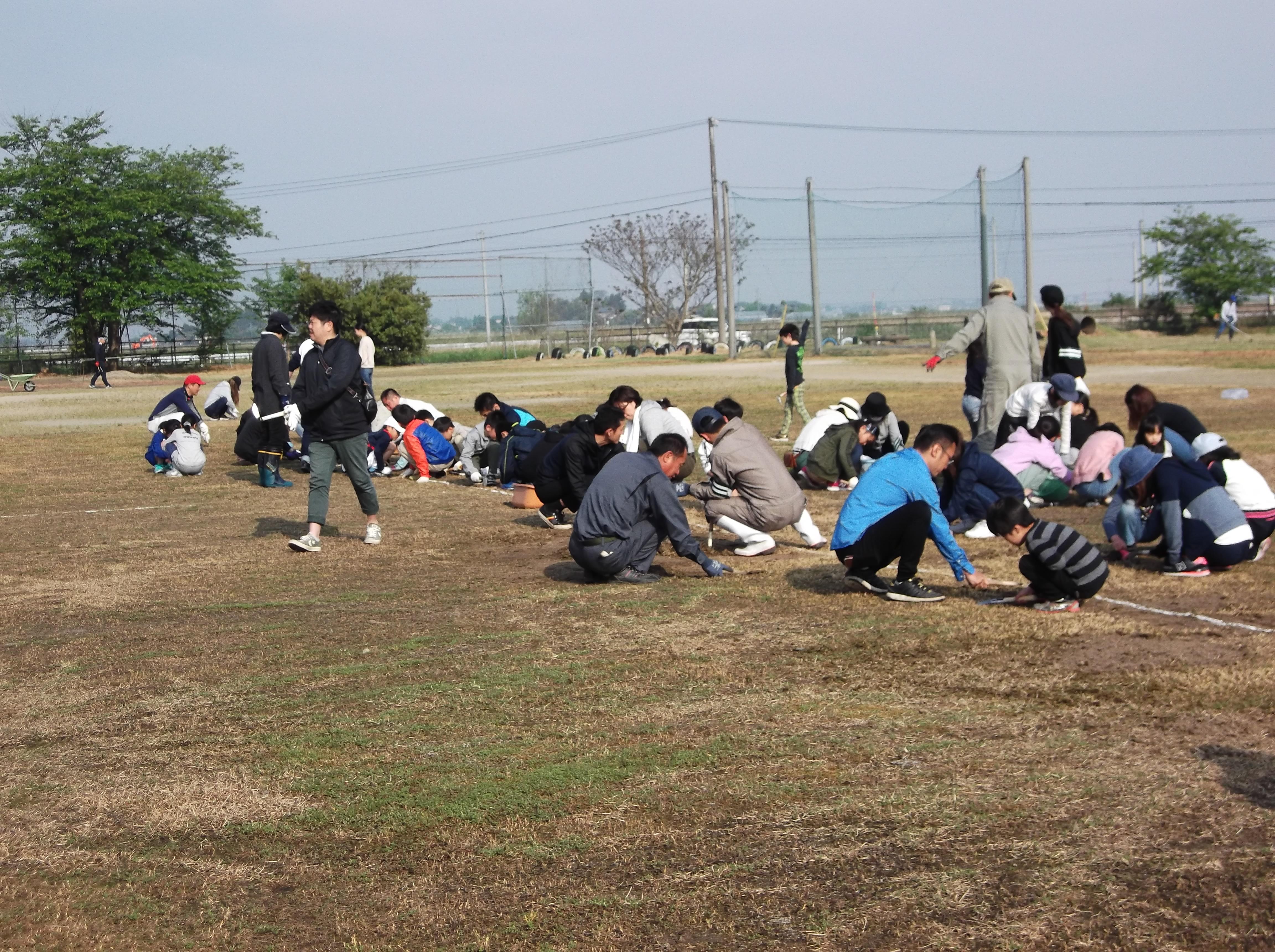http://kamiyama-es.agano.ed.jp/DSCF8191.JPG